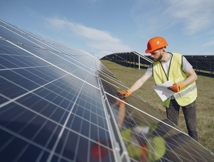 Expert Report: Every UK Job Has the Potential to be Green