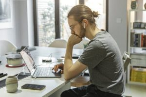 Staff gain right to request flexible working from first day
